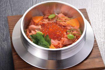 鮭いくら釜飯